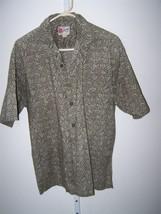 Hilo Hattie mens large short sleeve Hawaiian shirt - $8.99