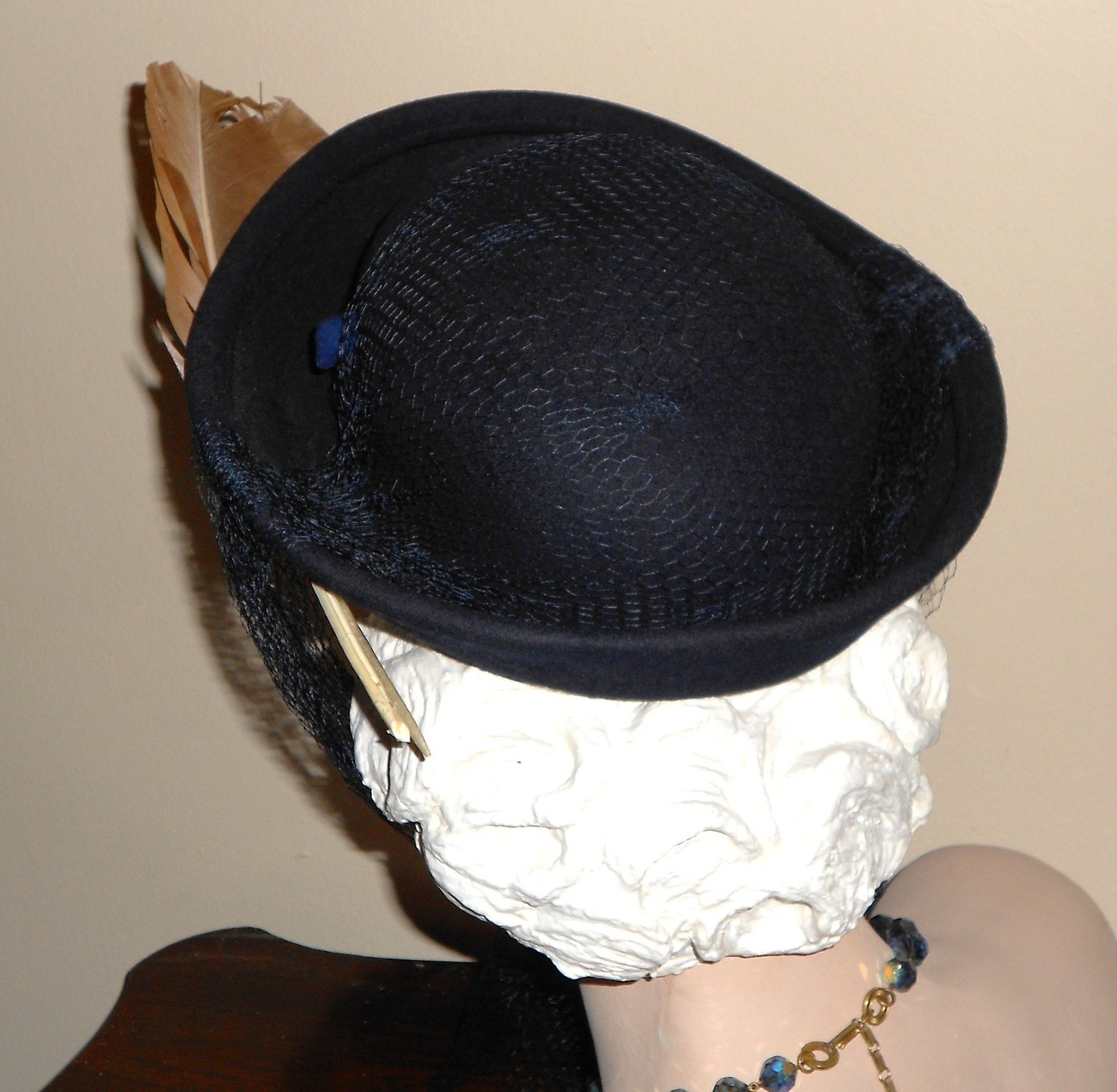 Vtg 30s 40s Hat WWII Navy Blue Wool Upturned Brim Feathers Long French Netting