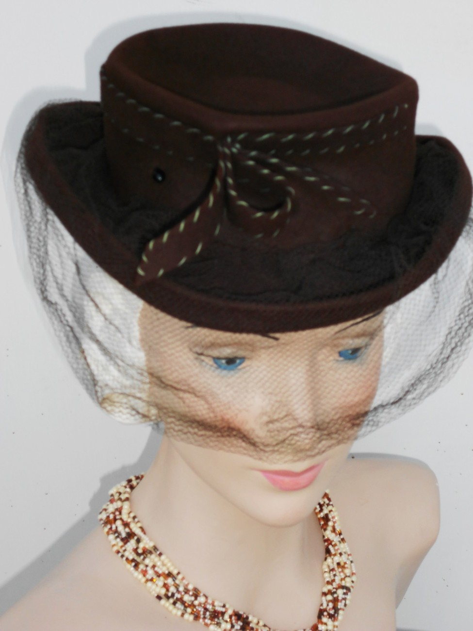 WWII Hat Vtg 30 40s Tilt Top Derby New York Creations Wool Net Veil