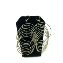 Avon Mark Earrings Conjoined Circles Hoops Lever Back Silver Tone - $11.87