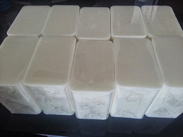 10 lb LOW SWEAT WHITE MELT AND POUR 100% All Natural Glycerin Soap Base BULK - $54.00