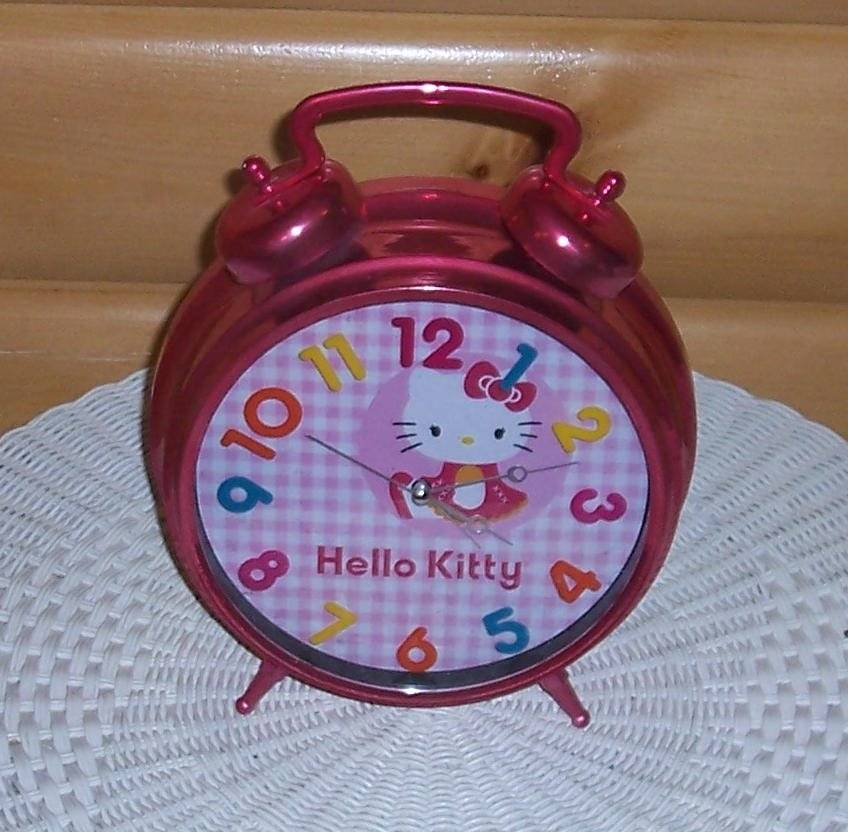 Primary image for Hello Kitty Battery-Operated Metallic Pink Jumbo Alarm Clock