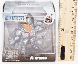"""Cyborg 2.5"""" Diecast Toy Figure - Metalfigs From Justice League Movie 2017 New - $7.88"""