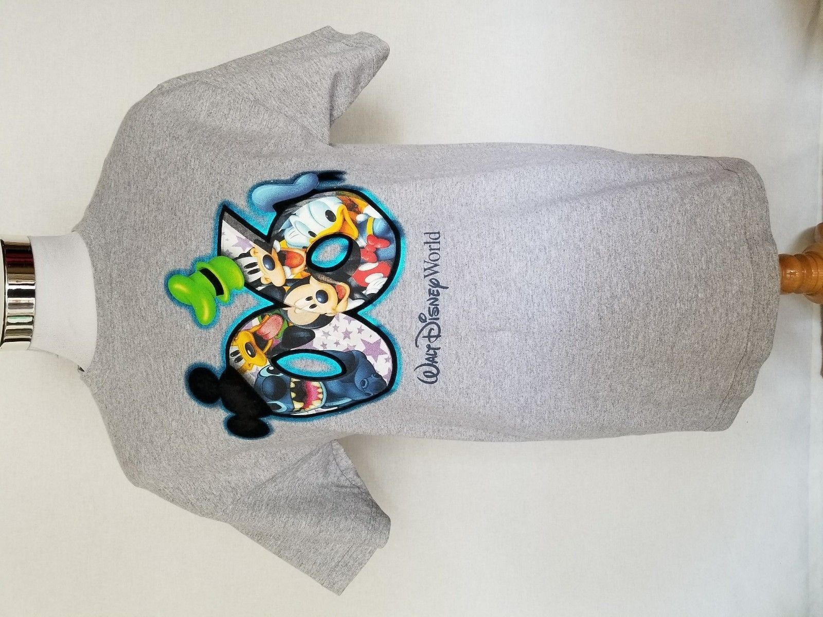 2006 World Disney World Mickey Mouse Donald Duck Goofy Pluto Gray T-Shirt Sz M