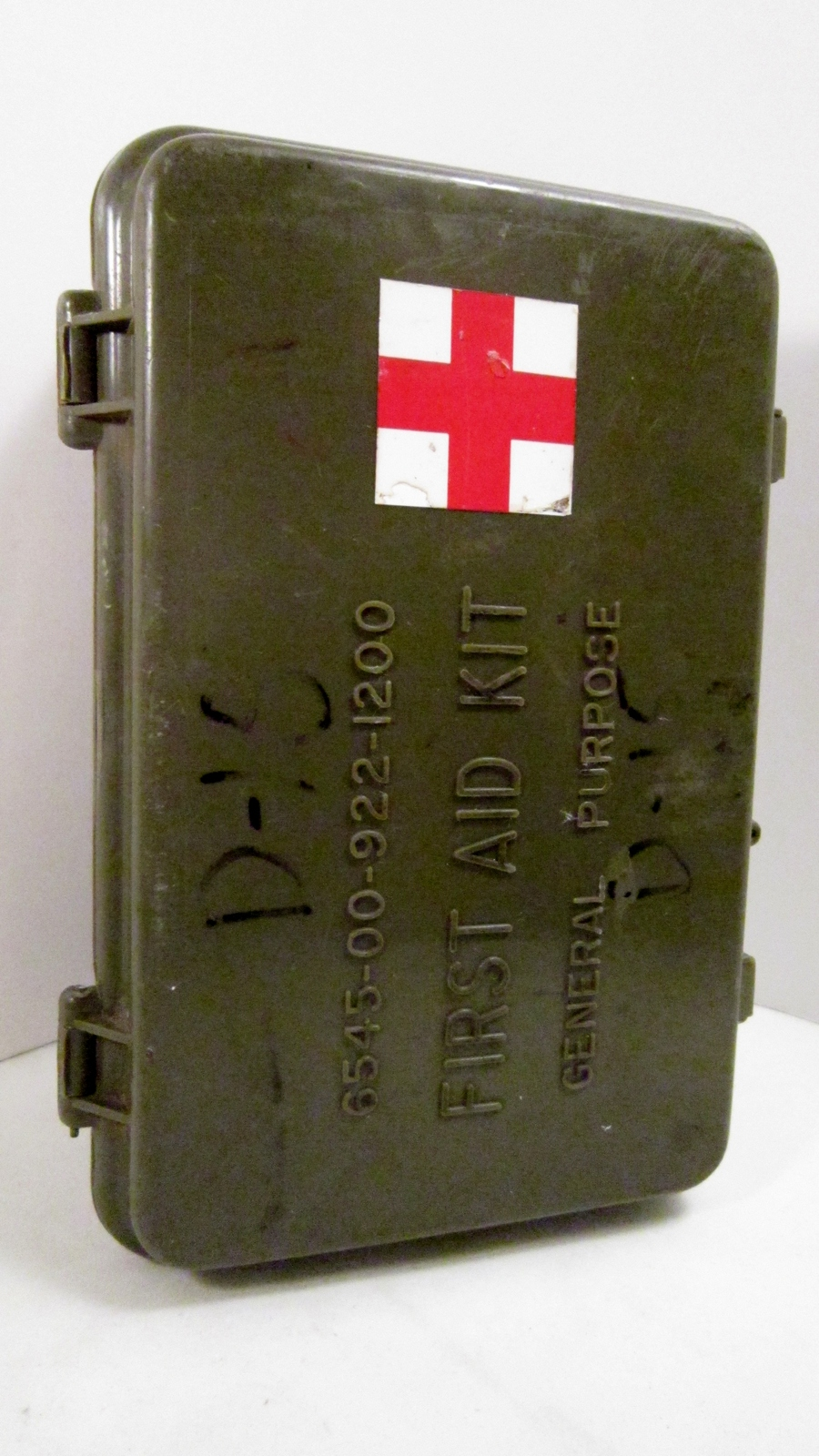 Desert Storm era US Military First Aid Kit OD Plastic Case Vehicle Kit