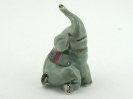 Handicraft Miniature Collectible Porcelain Cera... - $3.47