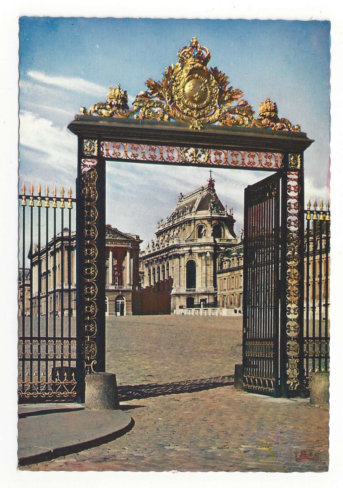 Versailles Palace Gate of Honor La Grille d'Honneur Vtg Postcard 4X6