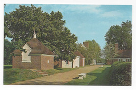 PA Morrisville Pennsbury Manor Office Buildings William Penn Vtg Postcard - $5.52