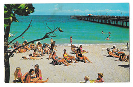 FL Fort Lauderdale by the Sea Beach Scene Sun Bathers Vtg 1975 Postcard - $5.52