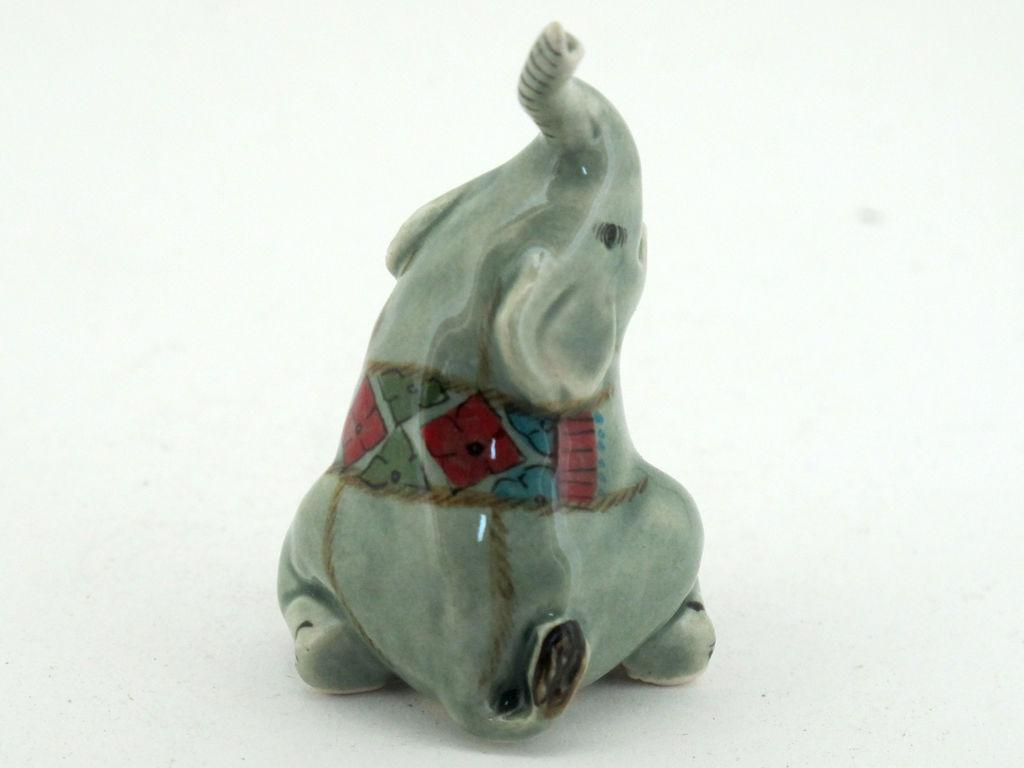 handicraft miniature collectible porcelain ceramic cartoon elephant figurine figurines. Black Bedroom Furniture Sets. Home Design Ideas
