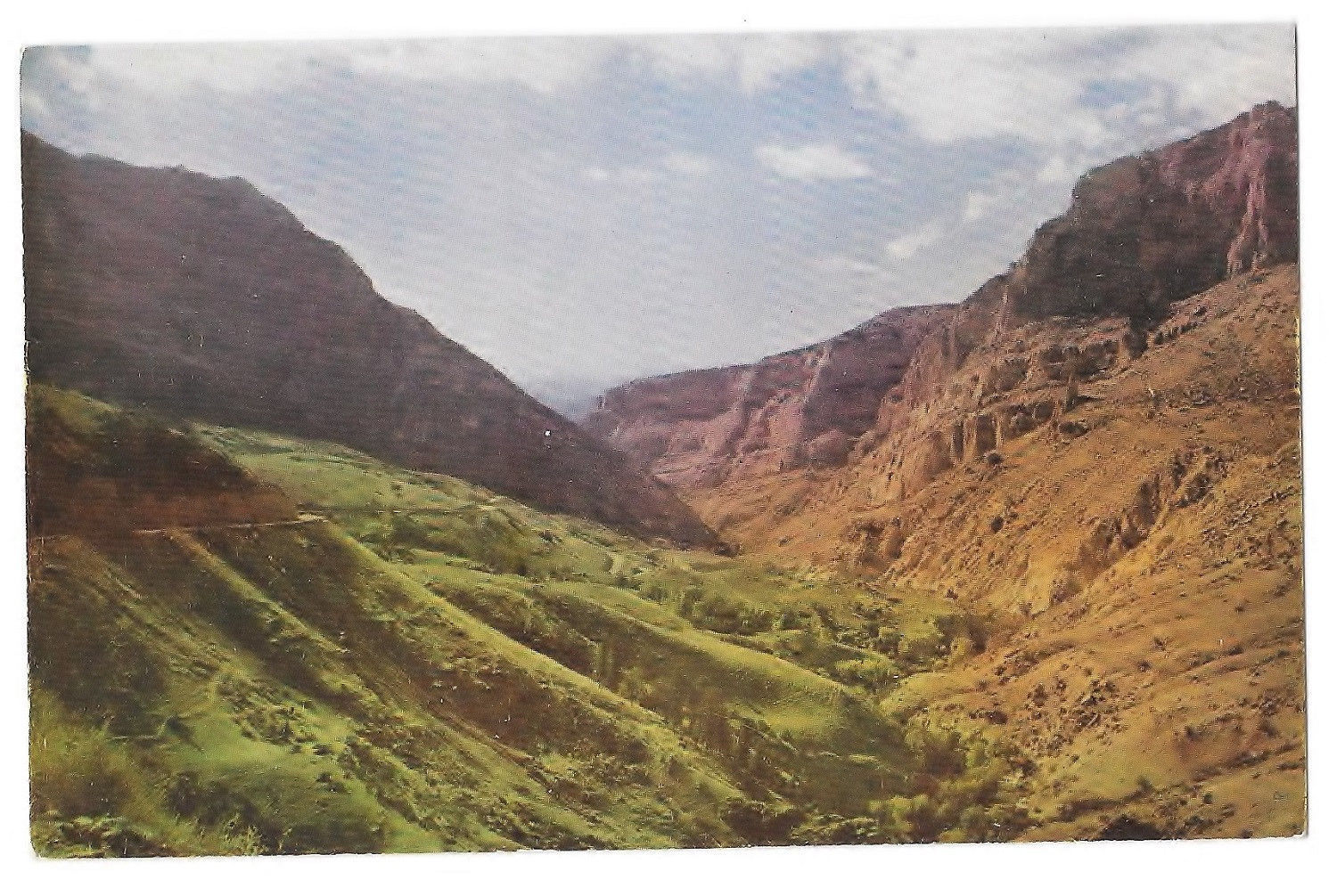 WY Wyoming Shell Canyon Big Horn Mountains Vtg Mike Roberts Postcard