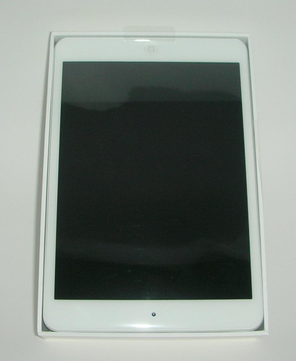 Apple® iPad Mini 2 with WI-FI 16GB - Silver/White(ME279LL/A)