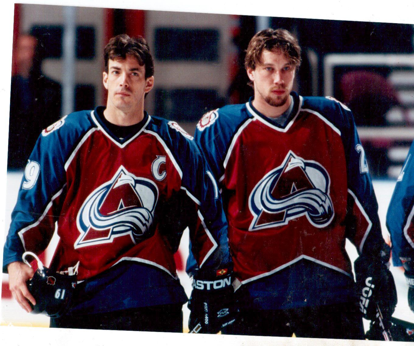 FREE Sakic/Forsberg 8x10 photo to first Avalanche fan.... : ColoradoAvalanche