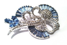 Light SAPPHIRE Pale Blue Baguettes Pin Brooch Delicate Bridal Vintage BR... - £57.53 GBP
