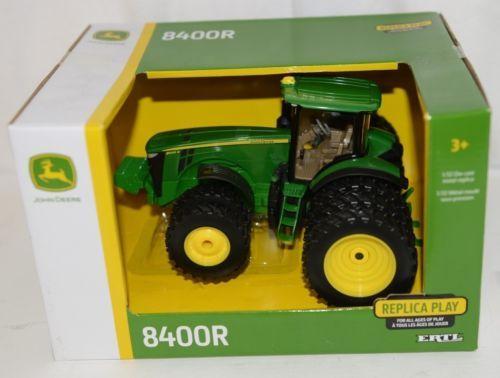 John Deere LP64767 Die Cast Metal Replica 8400R Tractor