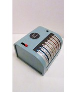 Swift_handy_calculator_1960s_model_no._163_with_cover_01_thumbtall