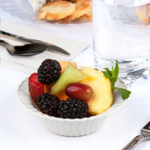 Plastic 5 Oz. White Round Dessert Bowl/Case of 180 - €44,96 EUR