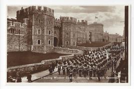 UK Windsor Castle Guard Henry VIII Gate RPPC Berkshire Valentines Real Photo - $8.54