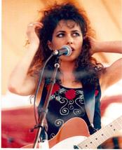Bangles MSG Susanna Hoffs Vintage 8X10 Color Music Memorabilia Photo - $6.99