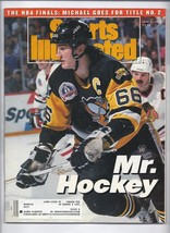 1992 Sports Illustrated Magazine June 8th Stanley Cup Penguins Blackhawks - $9.50