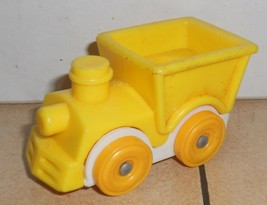 Vintage 80's Fisher Price Little People Yellow Train #656 FPLP - $5.90
