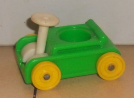 Vintage 80's Fisher Price Little People Green Wagon #656 FPLP - $5.90