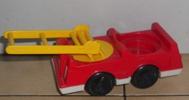 Vintage 80's Fisher Price Little People Fire Truck #123 124 876 997 FPLP - $9.50