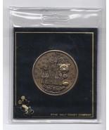 2000 Walt Disney World Commemorative Coin Rare Magic Kingdom Vintage - $42.08