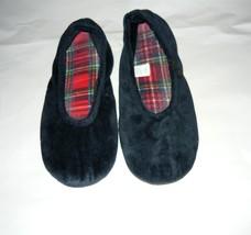 Isotoner Slippers Sz. 5-6 - $5.00