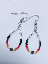 "Native American Beaded Earrings 1.25"" Dangle Ho... - $14.99"