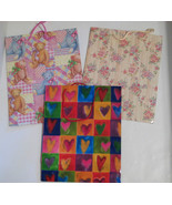 Assorted Multi-Color Gift Bags Teddy Bears Hearts and Floral Med 10 1/4 ... - $7.33