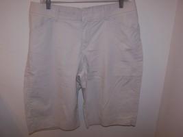 Lee Jeans Women's One True Fit Bernuda/Walking Shorts M (13-14) Beige 98% Cotton image 2