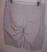 Lee Jeans Women's One True Fit Bernuda/Walking Shorts M (13-14) Beige 98% Cotton image 3