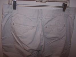 Lee Jeans Women's One True Fit Bernuda/Walking Shorts M (13-14) Beige 98% Cotton image 4