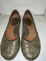EUC Born Olive Green Mido Leather Elfish Boho Floral Slip On Flats Size ... - $27.10
