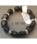Skull Black Stone Stretch Skull Bracelet Halloween Gothic Day of the Dead - $7.50