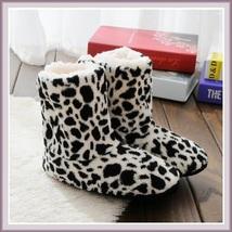Ax830e 418629 white leopard thumb200