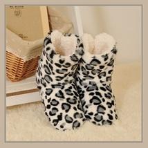 Ax830e 418629 whitegray leopard thumb200
