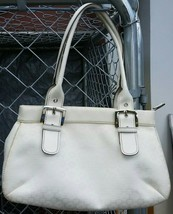Nine West ivory purse with adjustable handles, so pretty!!! With 2 small bags. - $11.00