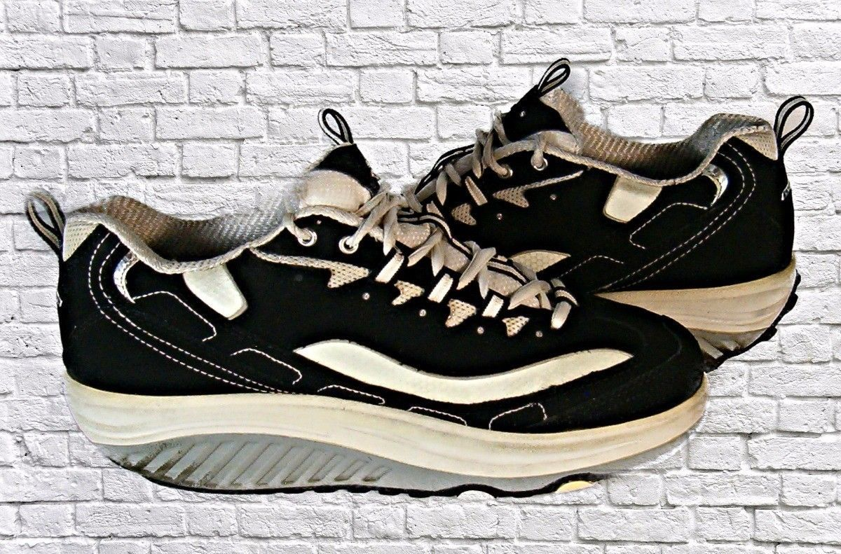 Women's Skechers Shape Ups Fitness Shoes Suede Upper Leather White Stripes
