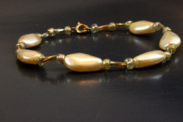 Handcrafted Gold Glass Beads Bracelet - $7.99