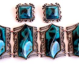 Vintage Chunky Lucite Teal Bracelet Earring Set - $75.00