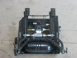 2000 AUDI A4 LEFT FRONT SEAT FRAME AND BOTTOM WITH MECHANISM image 1