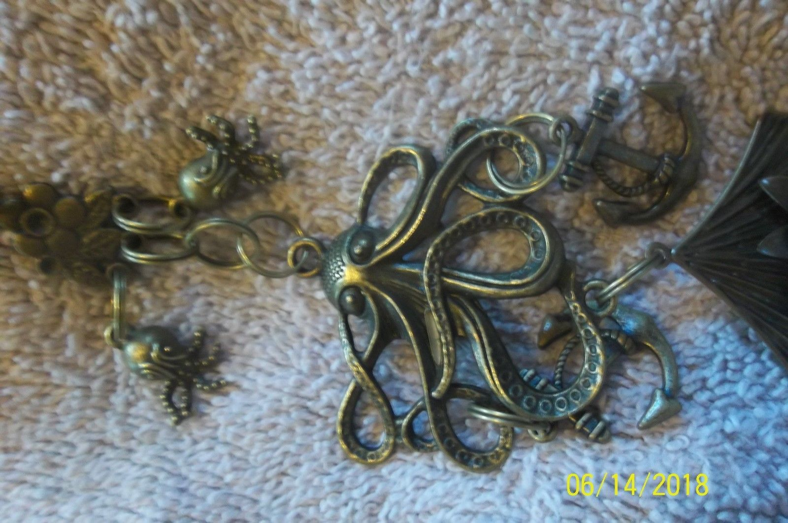 #purse jewelry bronze color keychain backpack filigree charms lot of 3 floral 21 image 10