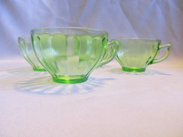 Four Federal Depression glass tea cups GREEN. Two different runs?  Beaut... - $24.95