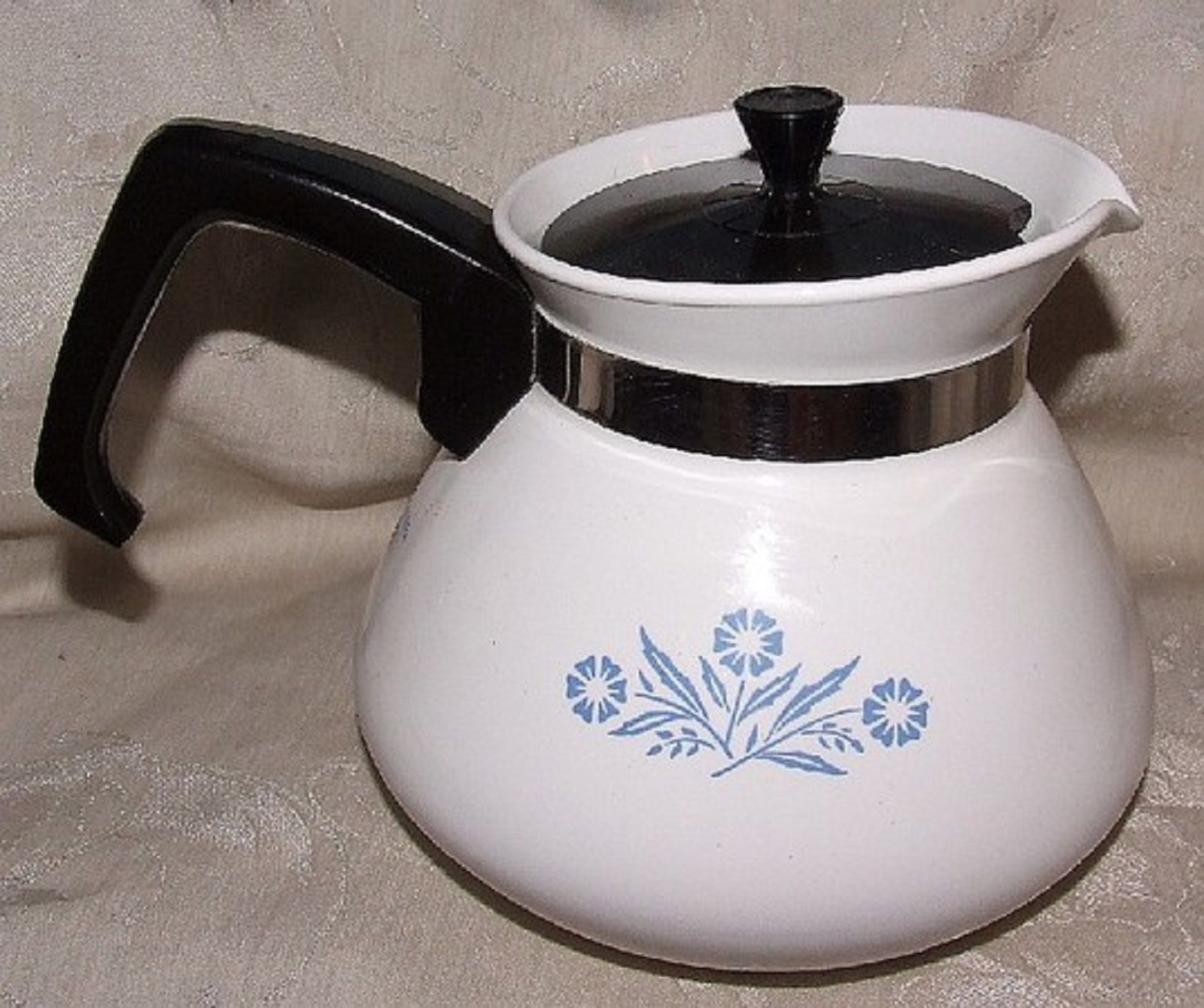 Primary image for P-104 CORNING Cornflower Blue 6 Cup Teapot Tea Pot FINE Original Black Lid