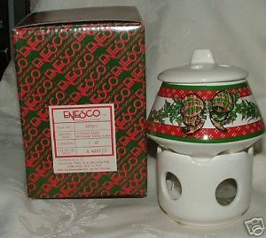Primary image for Vintage 1980s ENESCO Xmas Christmas Design Potpourri Room Scenter Pierced Candle