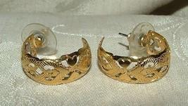 Vintage 1970s Yellow GOLD Plated Heart Filagree Hoop Earrings - $25.00