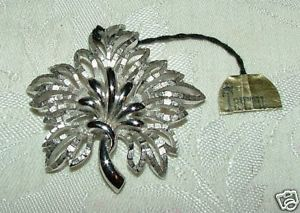 Primary image for Vintage 1955+ Crown TRIFARI Sivertone Pin Brooch w/ TAG Never Worn
