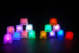 Set of 15 Litecubes Brand DELUXE SAMPLER PACK Light up LED Ice Cubes - $39.01 CAD